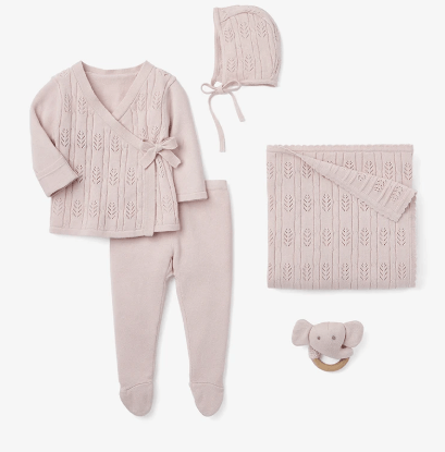 Newborn Pink Set collection with 1 products