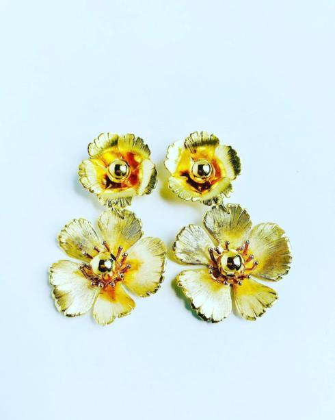 Small Double Gold Flower Earring collection with 1 products