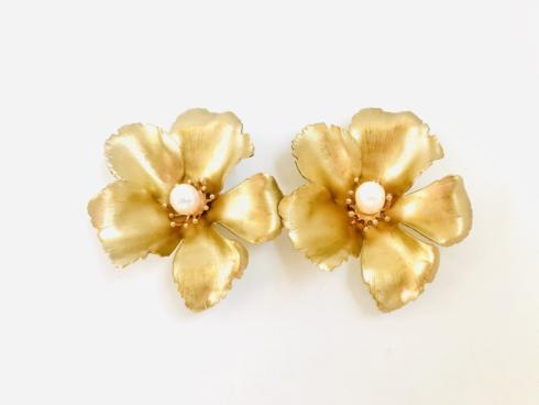 XL Gold Flower Earring with Pearl collection with 1 products
