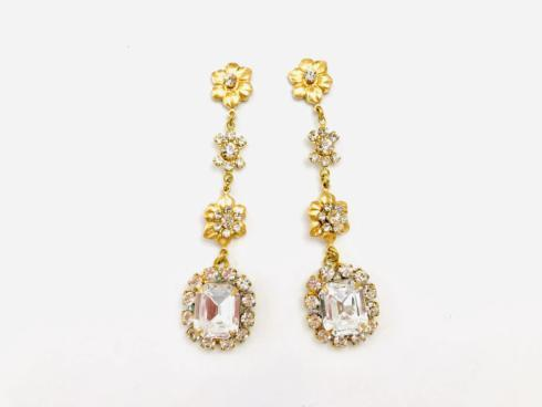 Crystal Dangle Earring collection with 1 products