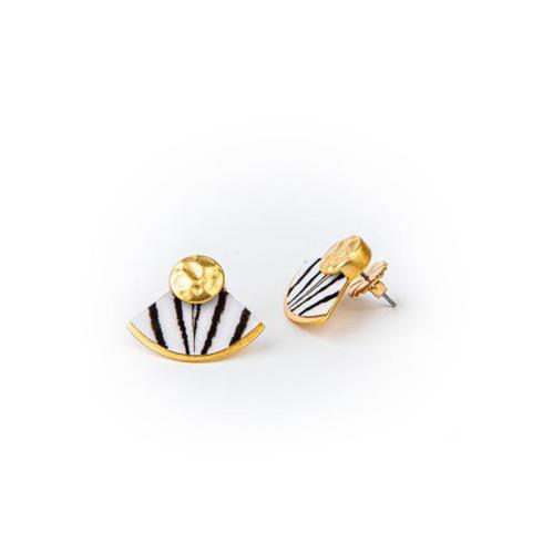 Cissy Earrings collection with 1 products