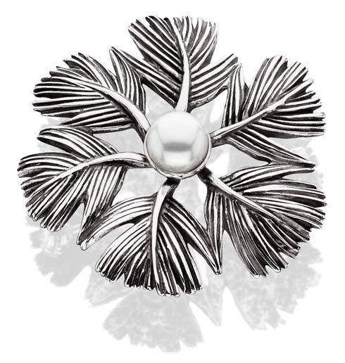 Feather Wreath Pin/Pendant