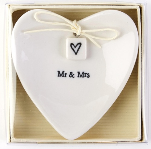Miscellaneous  Miscellaneous East of India - Mr & Mrs Ring Dish $18.00
