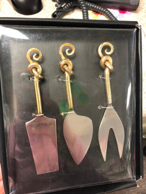 Home and Garden Exclusives   knives $28.00