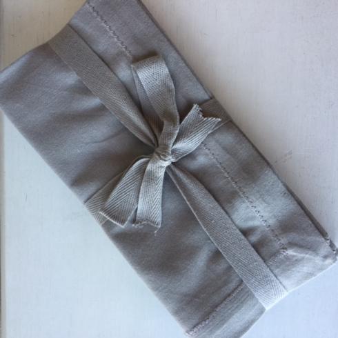 $18.95 Linen Hemstitch Napkins ~ Set of 4 ~ Gray