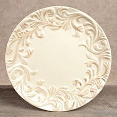 $27.95 Acanthus Leaf Dinner Plate ~ Cream