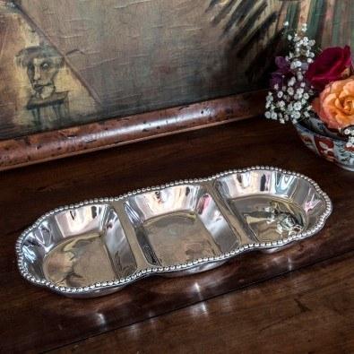 Hollyhocks Exclusives   Beatriz Ball Pearl Casilda Triple Dip Server $119.00