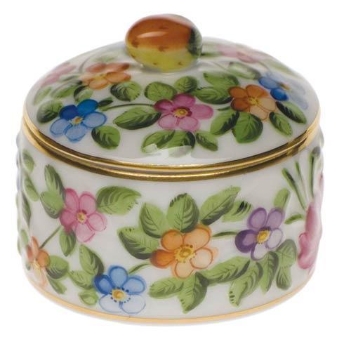 Round Relief Box W/Berry