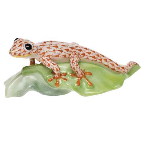 Gecko On Leaf