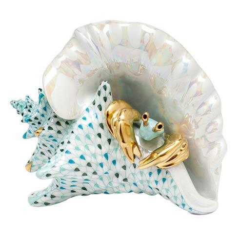 Conch Shell with Crab - Multicolor