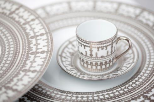 Set of 2 tea cups and saucers