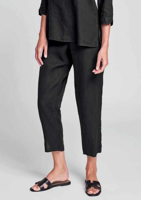 $75.00 Pocketed Ankle Pant - Black