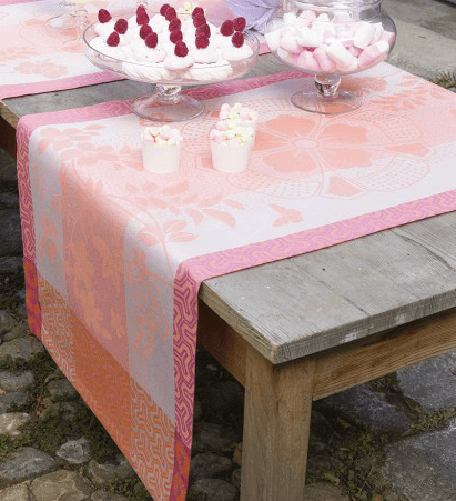 Asia Mood Table Runner - Tea Pink  collection with 1 products