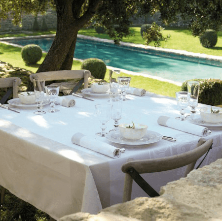 Venezia Tablecloth - Ivory 69x69 collection with 1 products