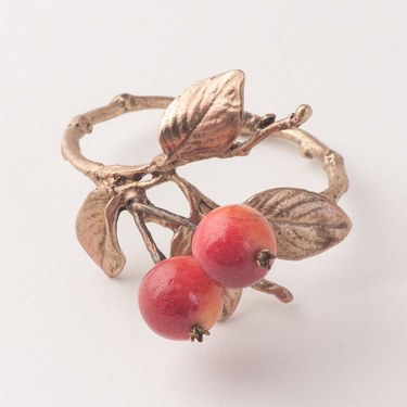 $88.00 Crabapple Napkin Rings S/4