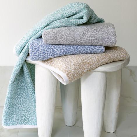 Matouk  Nikita Bath Towel - Silver $45.00