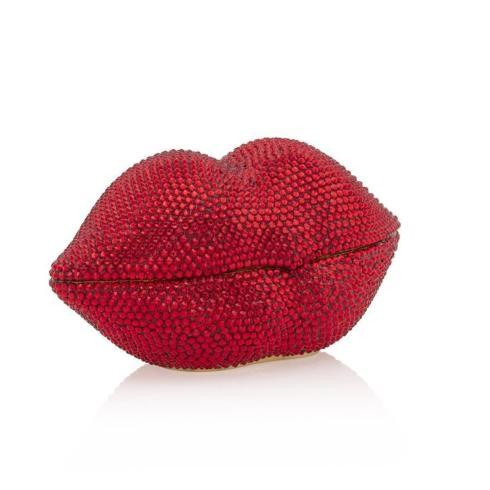 $2,400.00 Amy Pave Lips Box
