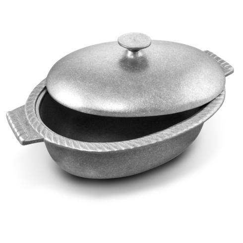 Wilton Armetale  Gourmet Grillware Chili Pot with Lid $69.99