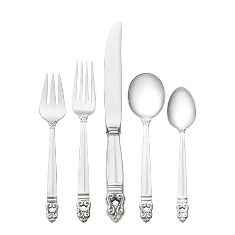 $600.00 5 Piece Place Setting with Cream Soup Spoon and Luncheon Knife