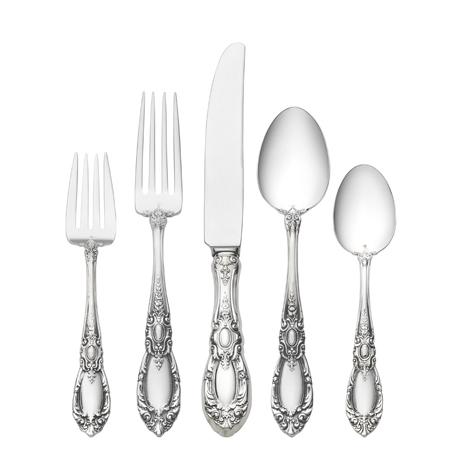 $630.00 5 Piece Dinner Setting with Old Style Blade Knife