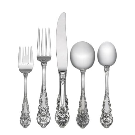 $630.00 5 Piece Dinner Setting with Cream Soup Spoon
