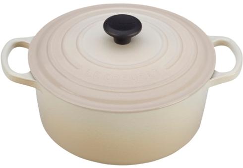 Le Creuset   31/2qt Round Dutch Oven White $260.00