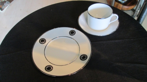 DESSERT SET - Orso Platinum Cup/Saucer, Ithaque Platinum Dessert collection with 1 products