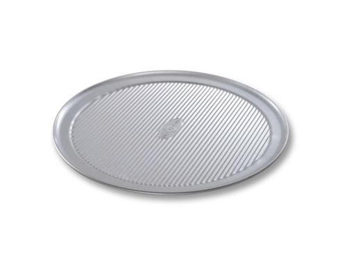 USA Pan   Pizza Pan $15.95