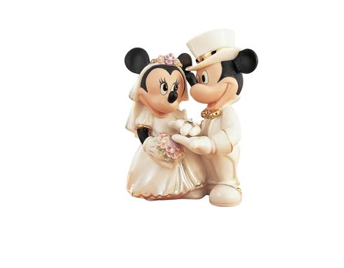 $109.95 Minnie\'s Dream Wedding Figurine