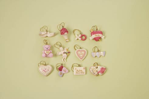 Ornaments collection with 117 products