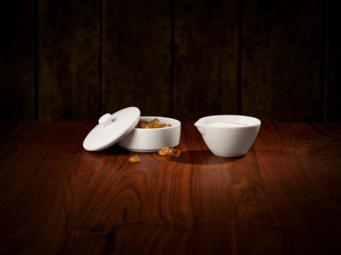 Villeroy & Boch  Tea Passion Creamer & Covered Sugar $37.00
