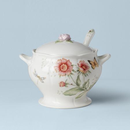 $130.00 Covered Soup Tureen with Ladle