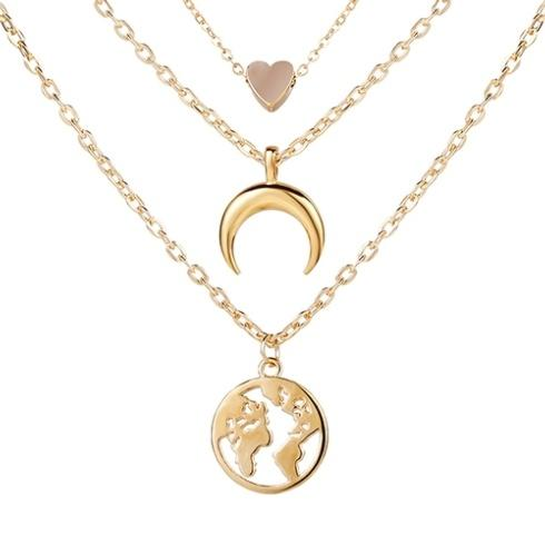 Necklaces collection with 1 products