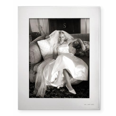 Kate Spade  Darling Point 8 x 10 Frame $100.00
