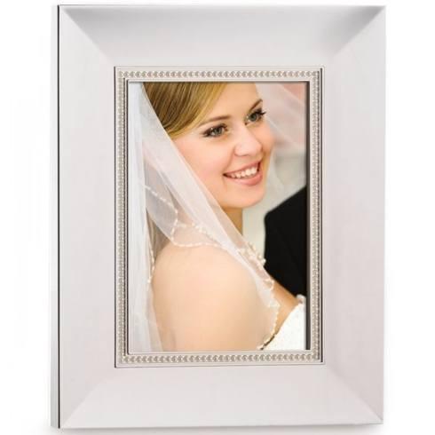 Lenox  Jubilee Pearl Frame, 5 x 7 $40.00