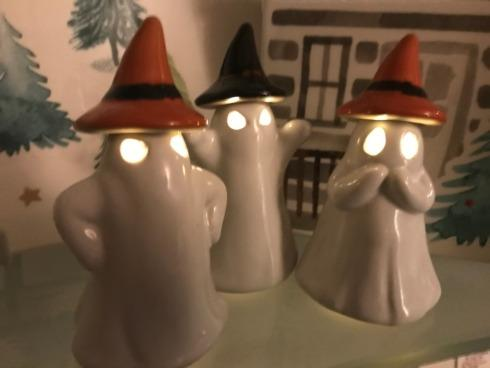 $27.00 Small Light Up Ghost, Set of 3