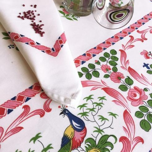 """Les coqs Pink 63"""" round TABLECLOTH - Beauvillé"""