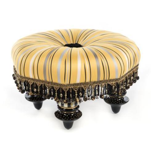 $2,295.00 Queen Bee Setting Seat