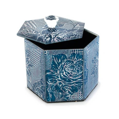MacKenzie-Childs  Bath Royal Rose Cotton Box $30.00