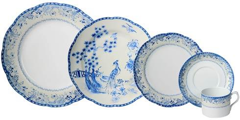 $220.00 5Pc Place Setting W/Plain Ctr B&B