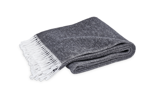 Pezzo Throw Black collection with 1 products