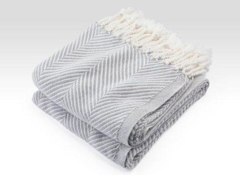$243.00 Monhegan Cotton Throw in White/DoveGrey