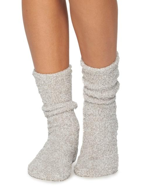 $15.00 COZYCHIC HEATHERED WOMEN\'S SOCKS/OYSTER & WHITE