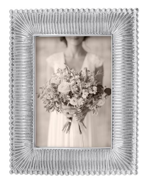 Mariposa  Decorative Frames Classic Fanned 5X7 Frame $58.80