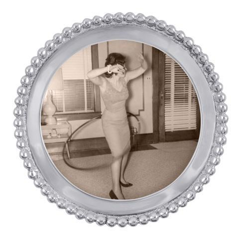 Mariposa Photo Frames String of Pearls Beaded Round Frame $36.00