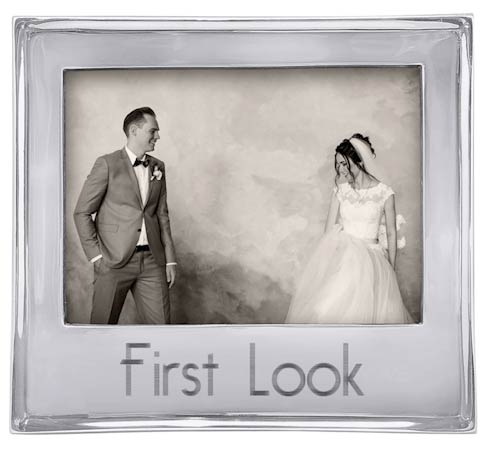 FIRST LOOK Signature 5x7 Statement Frame image