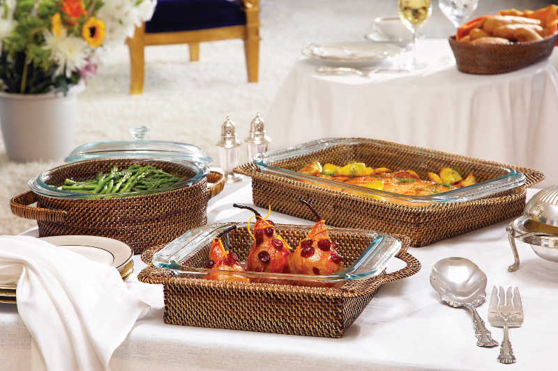 Square 3-qt. Serving Dish & Holder collection with 1 products