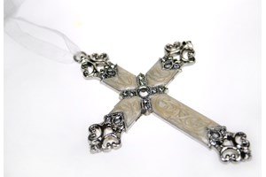 Verdici Pearl Cross collection with 1 products