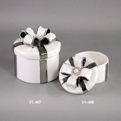 Round Gift Keepsake Box collection with 1 products