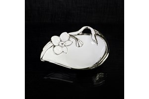 Verdici Silver Flower Serve Bowl collection with 1 products